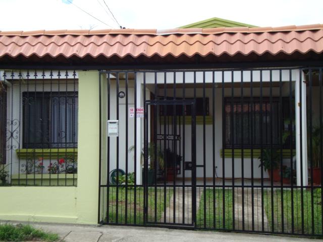 Casa En Alquiler En Santo Domingo Heredia