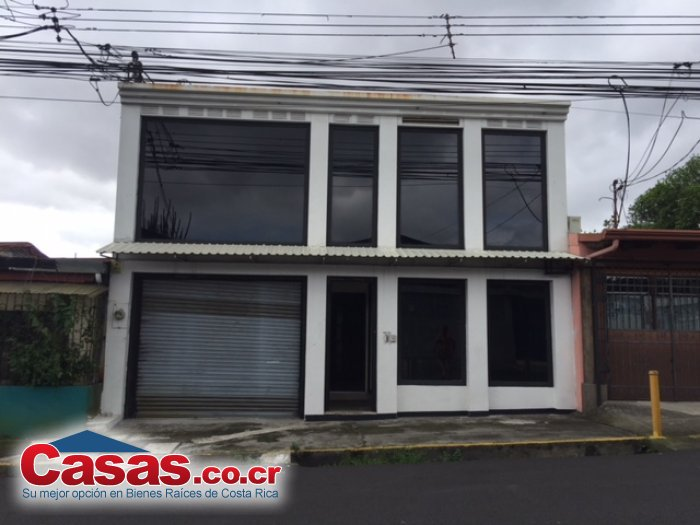 Paseo Colón callé Pitaya
